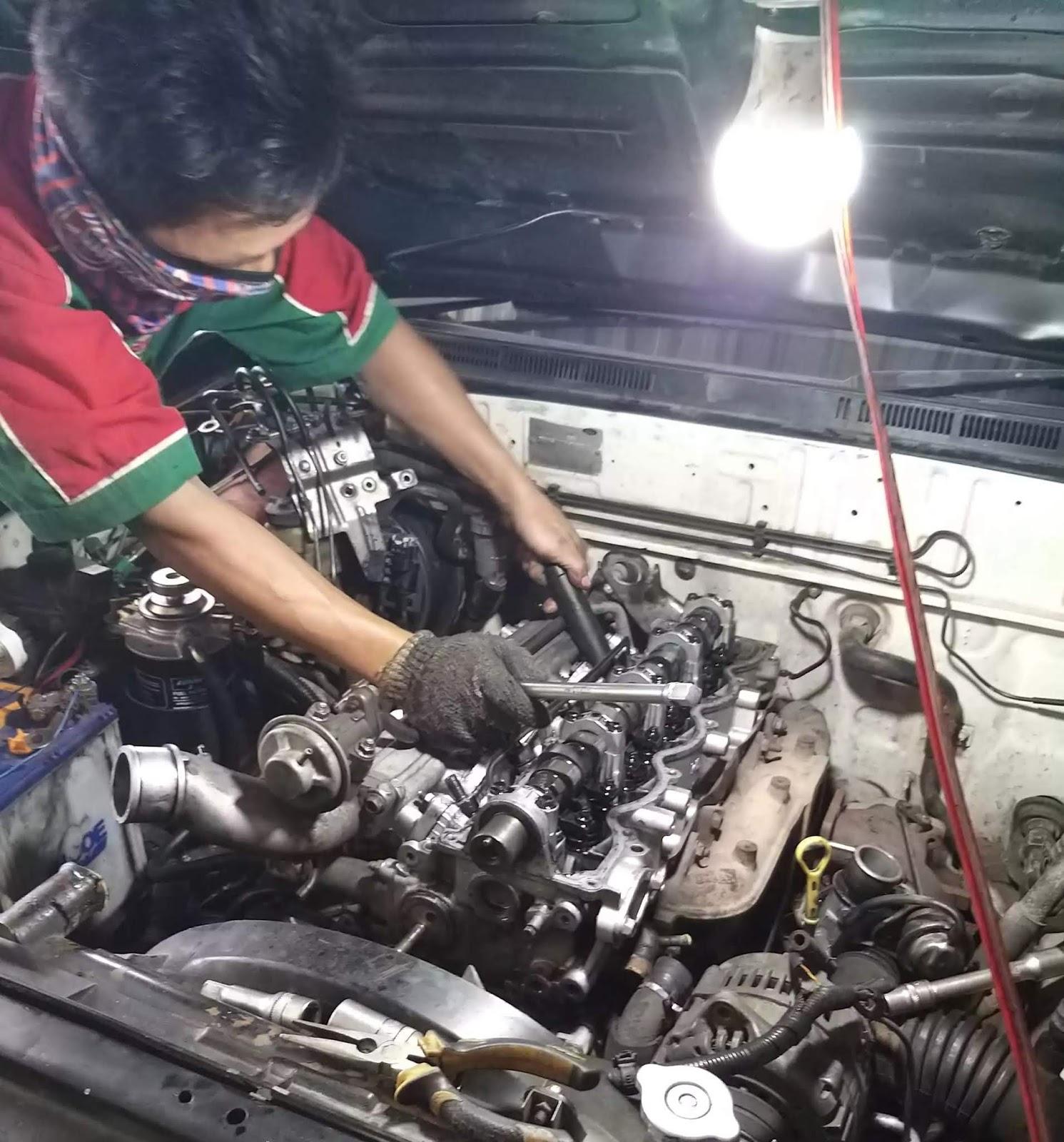 Mekanik Mobil Panggilan Surabaya 24 Jam Murah Bengkel Mobil Dan Servis Mobil Panggilan Surabaya 08113465899