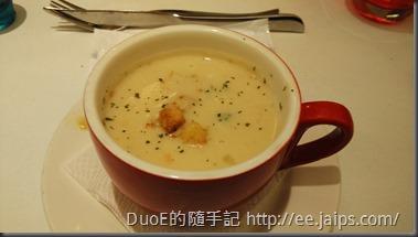 新竹西堤Tasty-綠花椰巧達濃湯1