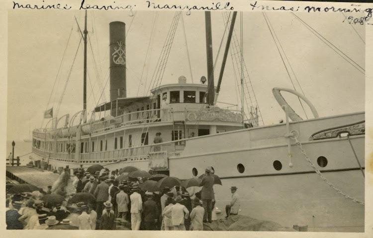 Manzanillo. 1908. El PURISIMA CONCEPCIÓN llevando tropas americanas. Del Añlbum of Manzanillo. University of Miami.tif