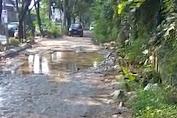 Ada Jalan kubangan di Perumahan Royal Tangerang Banten