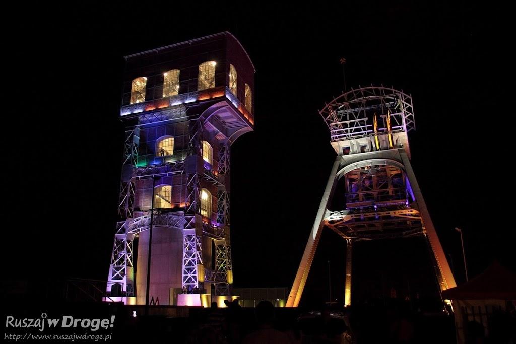 Świętochłowice - Dwie wieże w Parku KWK Polska