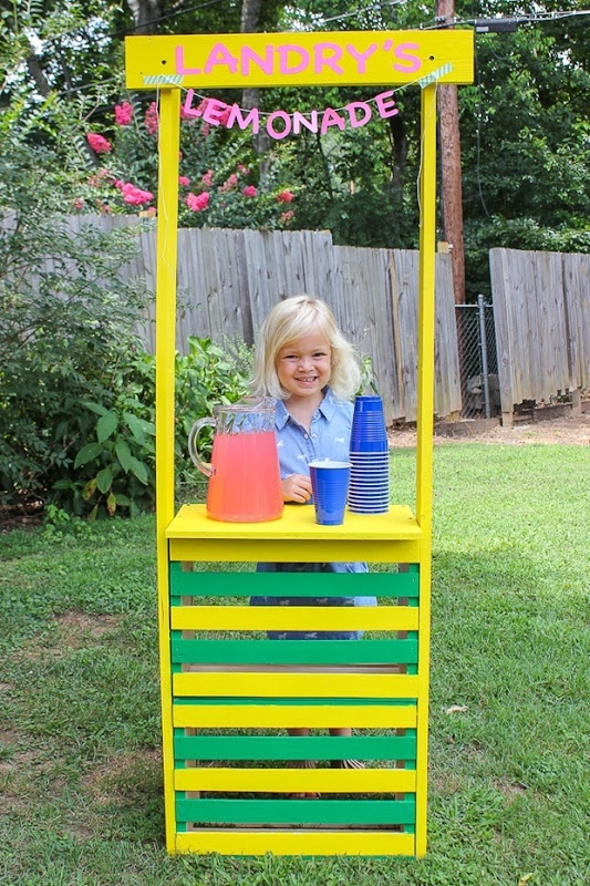 simple-diy-lemonade-stand-1