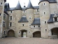 chambre hote chateau fougeres sur bievre loire