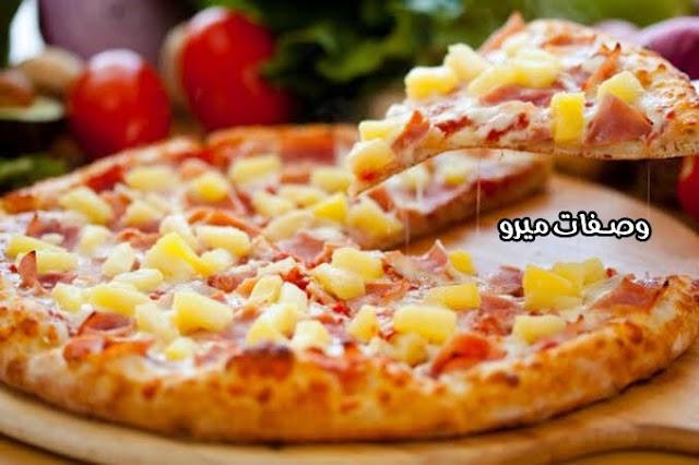 بيتزا الأناناس