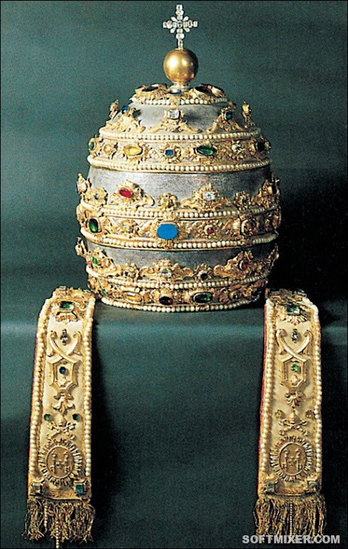 papal-tiara-triple-crown-vatican-city