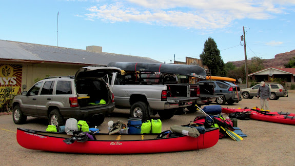 Sorting and loading gear at Tex's Riverways