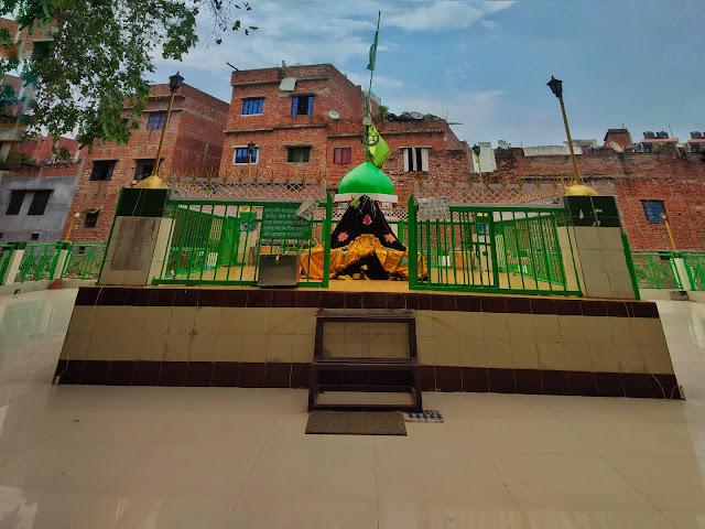 Mazar Shareef Hazrat Shah Muhibbullah Allahabadi