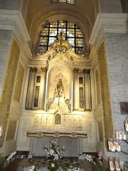 2018.07.01-049 Notre-Dame-des-Miracles dans la basilique Saint-Sauveur