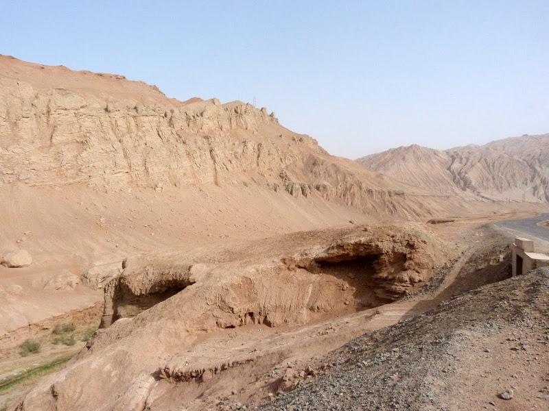 XINJIANG.  Turpan. Ancient city of Jiaohe, Flaming Mountains, Karez, Bezelik Thousand Budda caves - P1270908.JPG