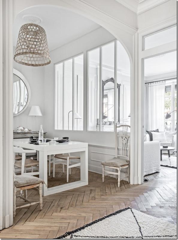 case-e-interni-bianco-nero-chic-francese-appartamento-1
