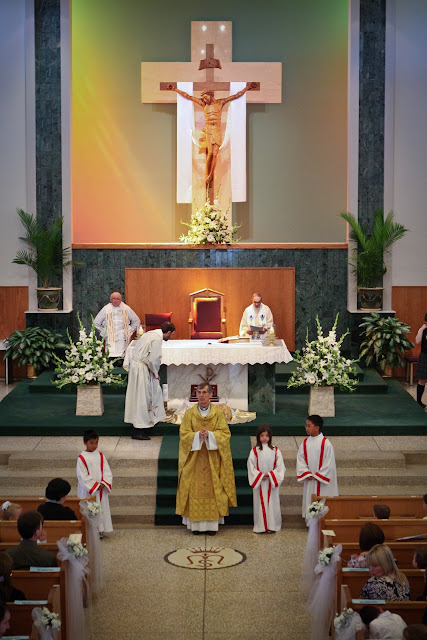 OLOS Children 1st Communion 2009 - IMG_3096.JPG