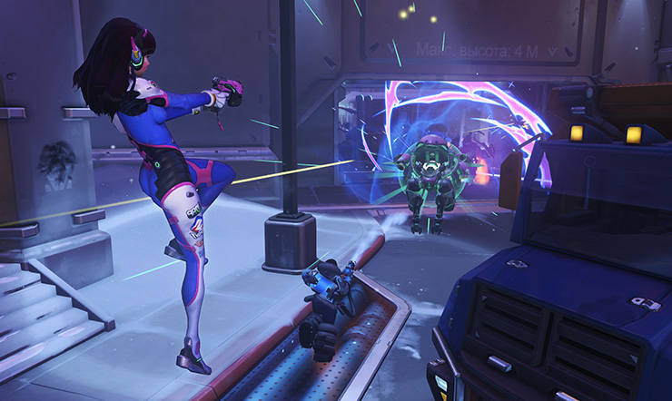 D.Va ejects from her MEKA as it begins to self destruct!