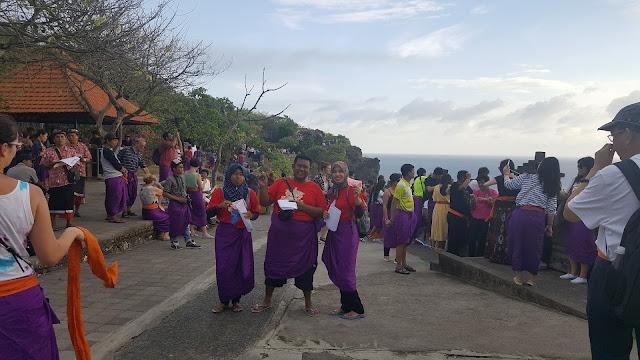 Tarian Kecak Bali di Pura Uluwatu Bali