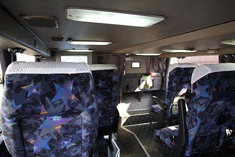 JR九州バス「福岡山口ライナー」 744-2952 1階車内