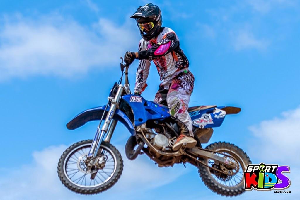 extreme motorcross Aruba - moto%2Bcross%2BGrape%2Bfiled%2BApril%2B2015-45.jpg