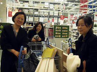 """Ноябрь 2015 Наши друзья из республики Корея  купили для проекта мебель в ИКЕА  """"Мать и дитя"""", благотворительный проект Мальтийской Службы Помощи, Санкт-Петербург www.helfenleben.com"""