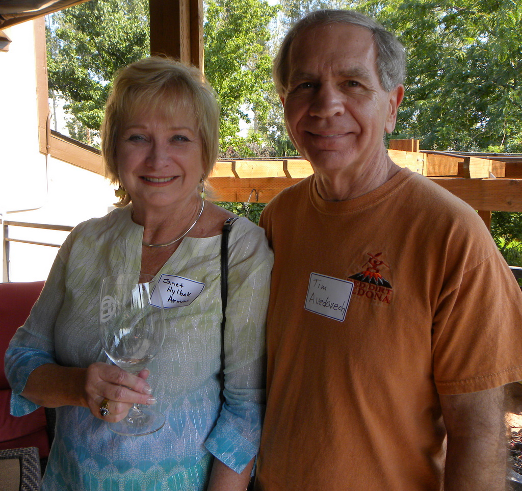Janet Hylbak, Tim Avedovech