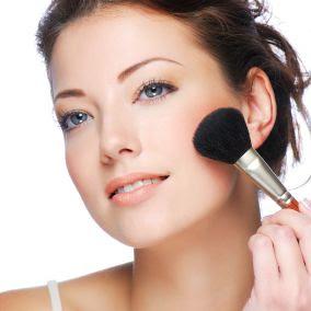 apply power foundation on skin