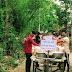 পূর্ব মেদিনীপুরের হেড়িয়ার অভিনন্দন ক্লাবের উদ্যোগে দুঃস্থ মানুষের মধ্যে খাদ্য সামগ্রী বিতরণ