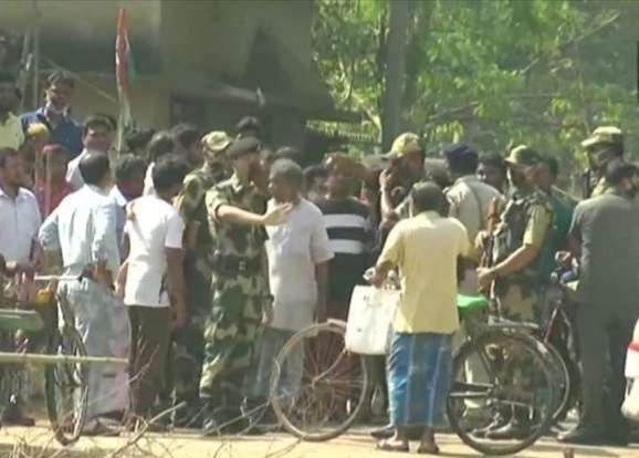 बंगाल में हिंसा का दौर जारी, मेदिनीपुर के केशपुर में TMC कार्यकर्ता की हत्या;डेबरा में सियासी बवाल