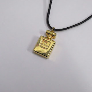 Chanel No.5 Pendant Necklace 2