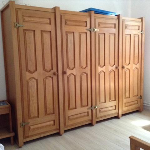 les meubles votre maison des designers guillerme et chambron armoires votre maison. Black Bedroom Furniture Sets. Home Design Ideas