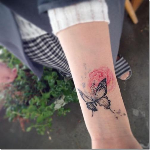 añada_otros_elementos_muy_femeninos_y_personaliza_tu_tatuaje