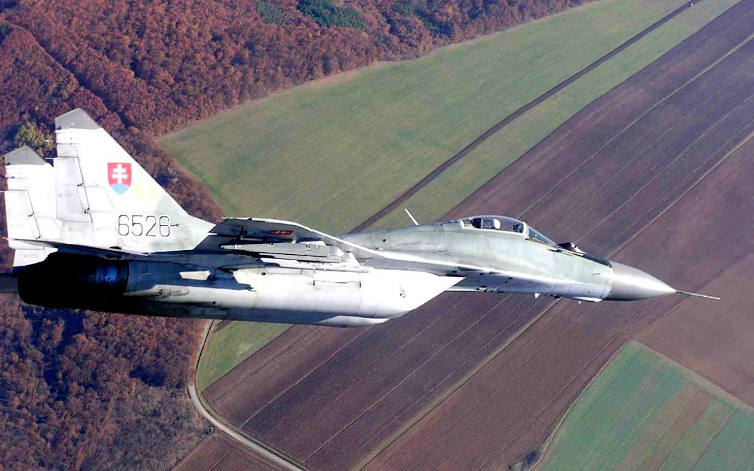 MiG-29 Fulcrum jet fighter wallpaper 2