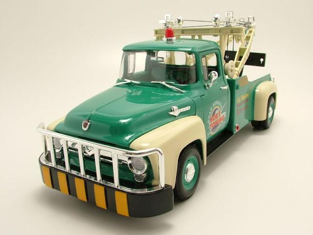 Đồ chơi Mô hình ô tô 1956 Ford F-100 Tow Truck tỷ lệ 1:18