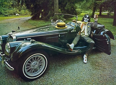 1975-08-xx Starz & their Cars Pic by Fin Costello 8