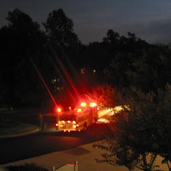 Nocny poziarny poplach na apartmane (USA 2006)