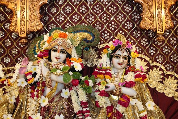 ISKCON Vallabh Vidhyanagar  Deity Darshan 09 April 2016 (3)
