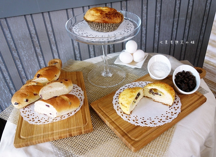 3 統一麵包 植元共生技術 菠蘿奶酥麵包、蔓越苺乳酪麵包、椰香奶酥麵包