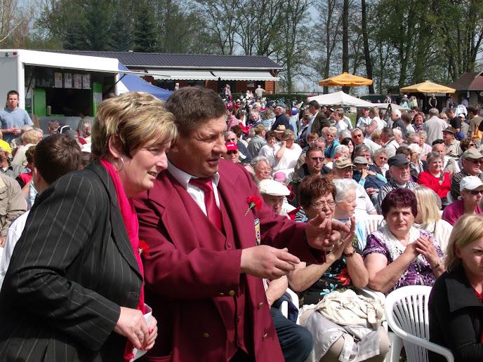 1. Mai 2013 - Volksfeststimmung beim Friedensfest (Foto: A. Schwarze)