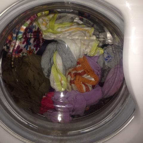 Beladene Waschmaschine