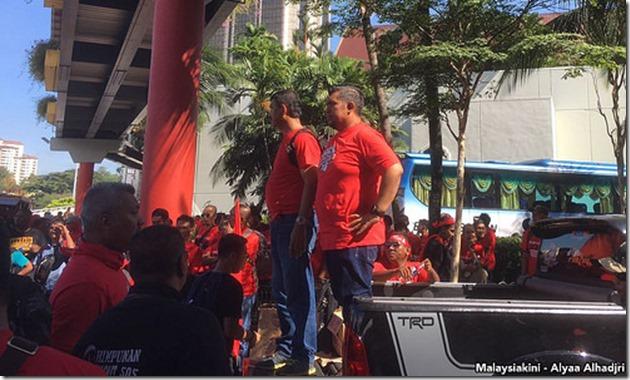 bersih-5-crowd-gathering