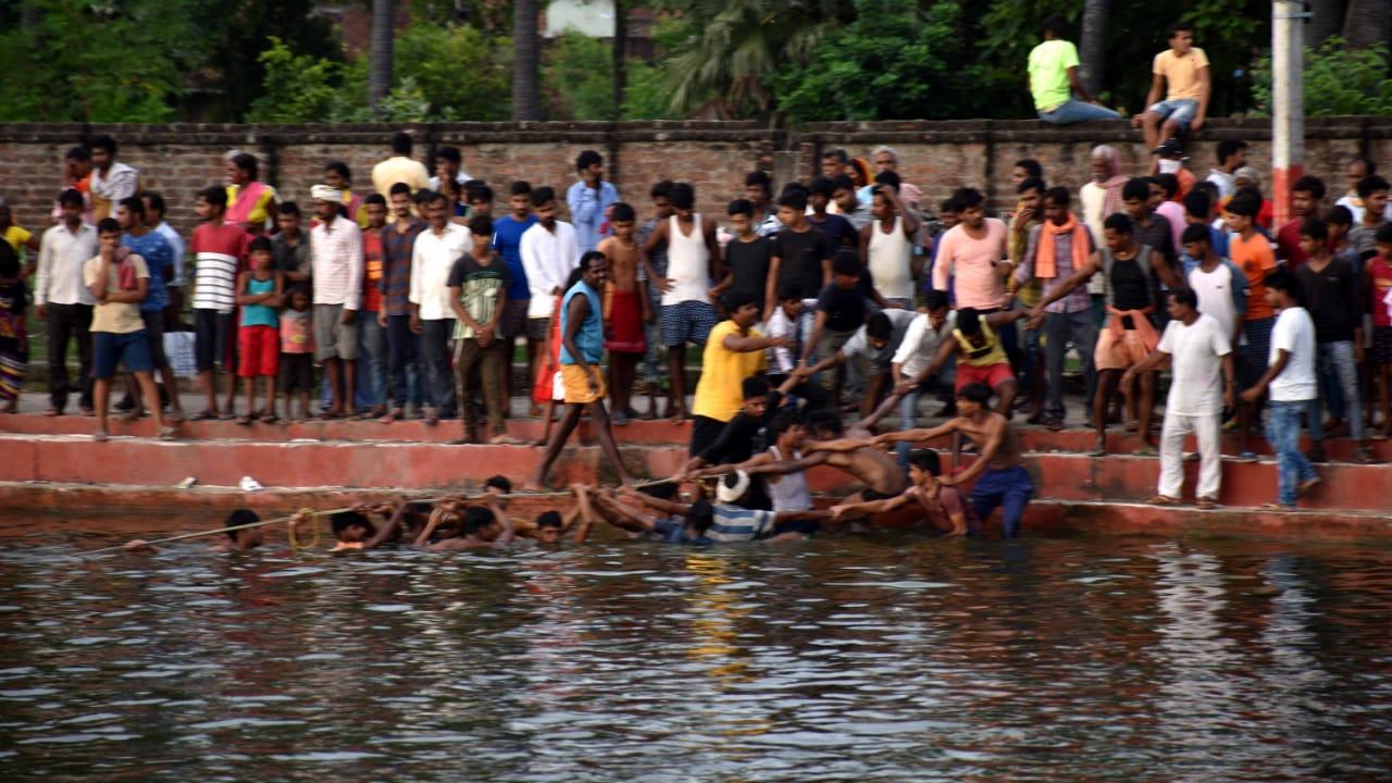 ब्रेकिंग न्यूज़: जगदीशपुर में छठिया तालाब में युवक डूबा, खोजबीन जारी
