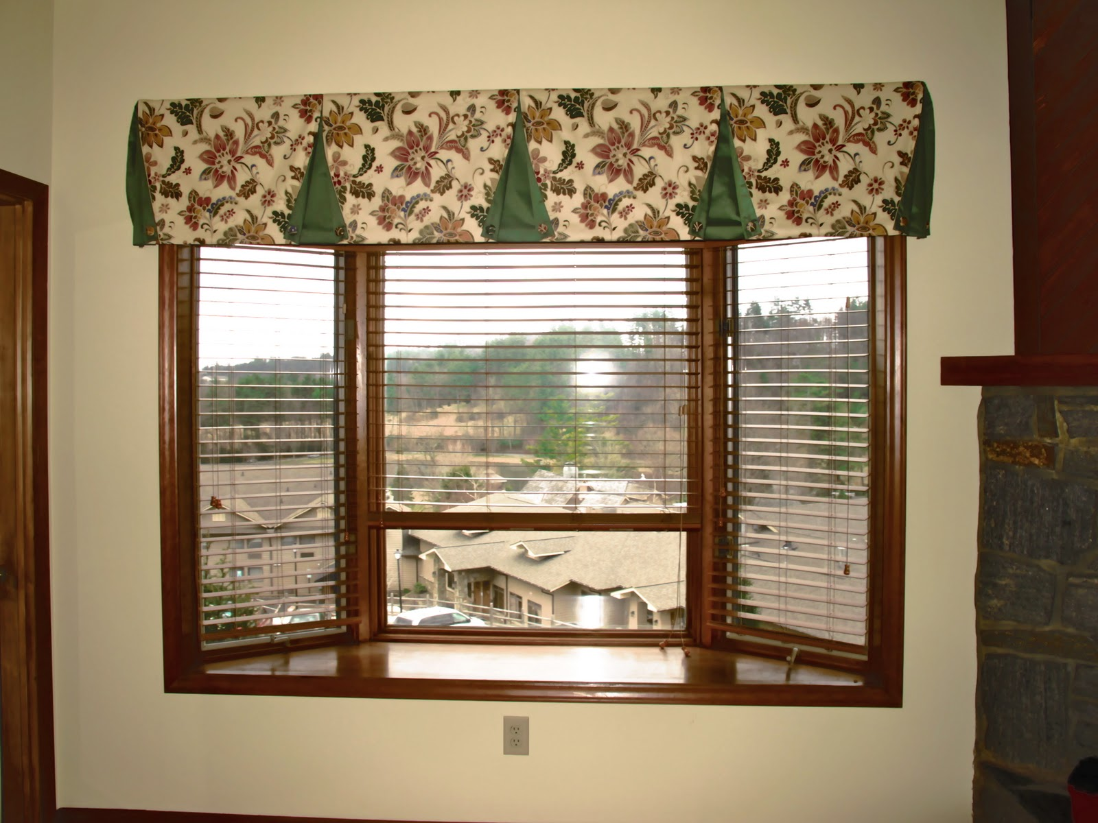Simple And Elegant Drape Solutions For The Family Room
