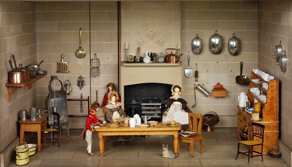 small-stories-dollhouse-6
