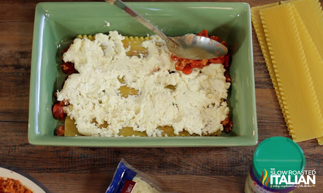 cheesy lasagna recipe adding cheese