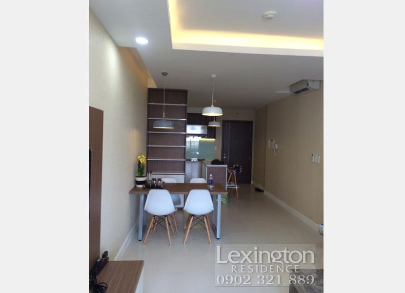 căn hộ Lexington nhìn từ phòng khách vào đến bếp