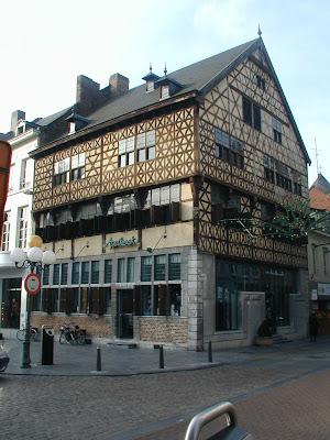 Hasselt, Spaans huis of 'Het zweerd'. 1639.