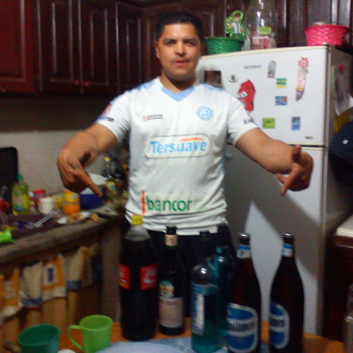 Damian Juarez Photo 16