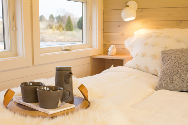 How to Create a Cozy Bedroom Sanctuary
