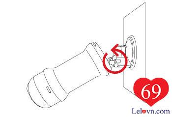 Xoay nút vặn để cố định góc sử dụng sản phẩm