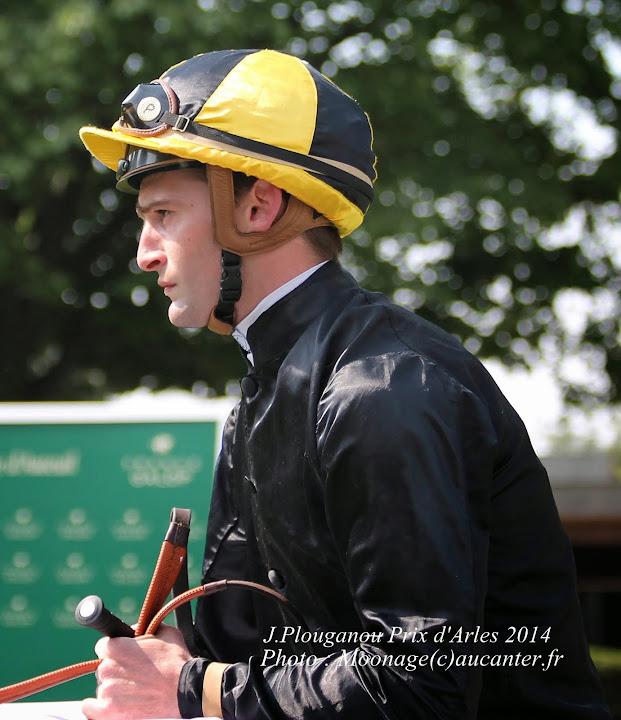 Jockeys' attitudes IMG_0955