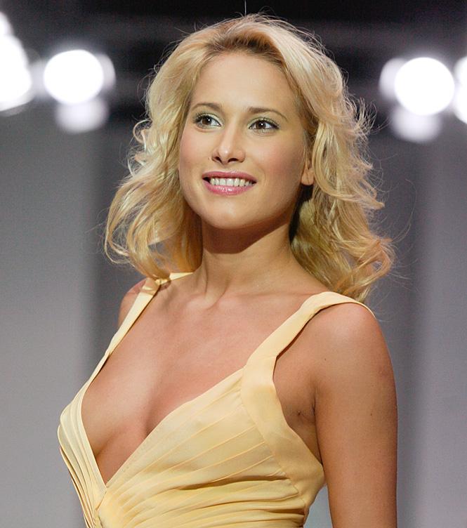 Новый образ Таня Миловидова. Голая и развратная бесстыдница. Смотрим бесплатно