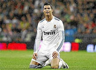Cristiano rests on the field
