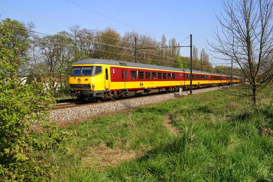 Benelux Amedeus Mortsel 2003-04-18+26.34_1 A1535.jpg