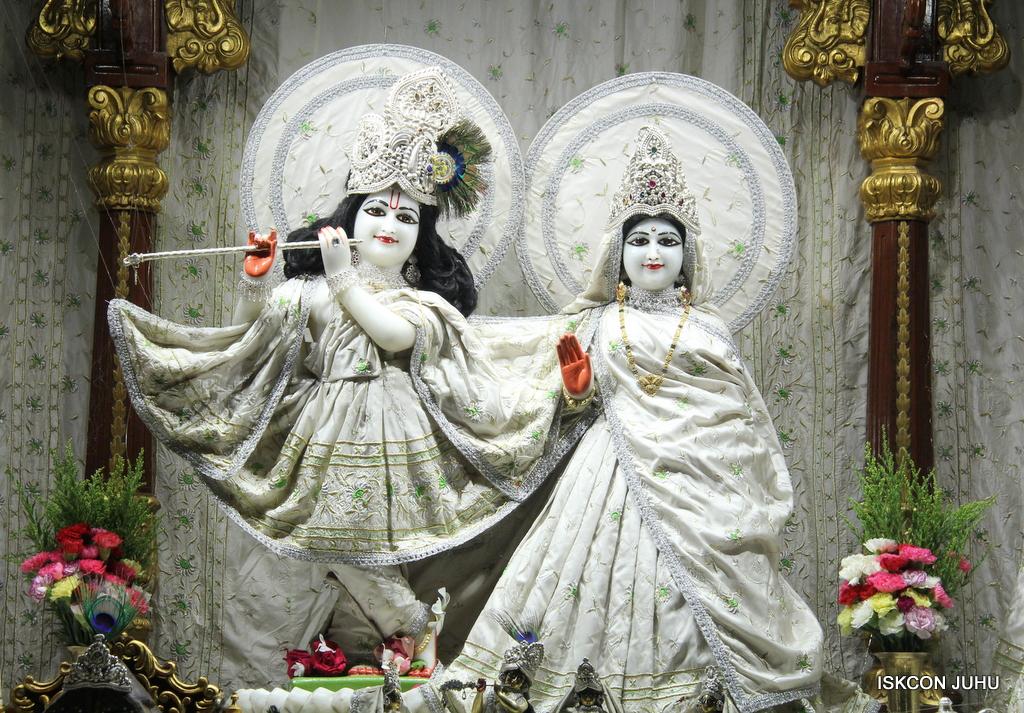 ISKCON Juhu Mangal Deity Darshan on 8th Sep 2016 (23)